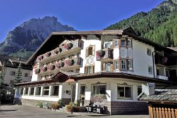 Hotel Arnica - Alba di Canazei